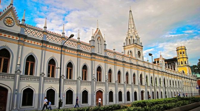 6 Palacios y Castillo de Caracas