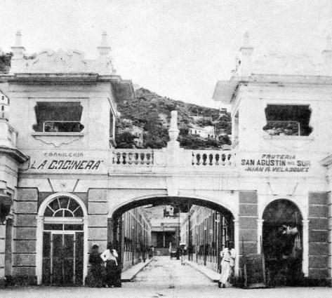 Entrada San Agustín del Sur Retro retro.jpg