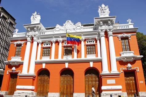 Teatro Nacional.jpg